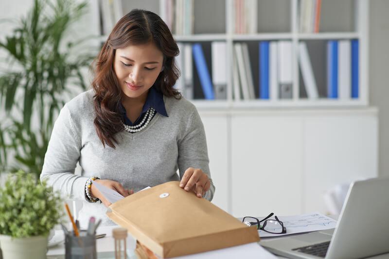 reexpedition courrier entreprise